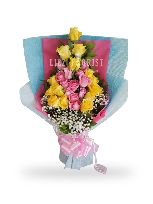 Hand Bouquet Valentine (KODE : HBV 01)